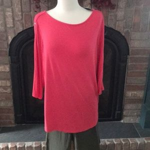 NWT CORAL/ pink 3/4 sleeve top. Size xl